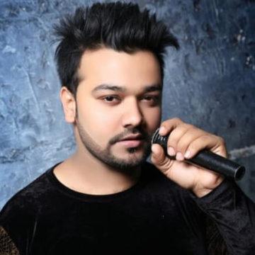 Altamash Faridi singer