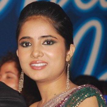 Deepali Kishore singer