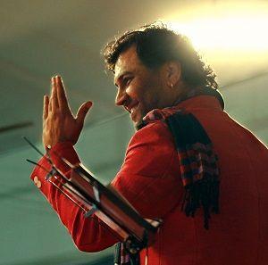 Kirtidan Gadhvi singer