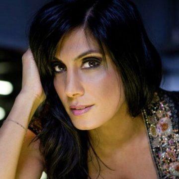 Veronica Mehta singer