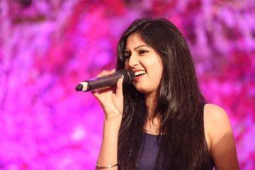 Akanksha Bhandari - Lyricsily