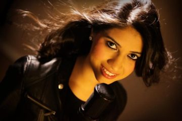 Shivangi Bhayana singer